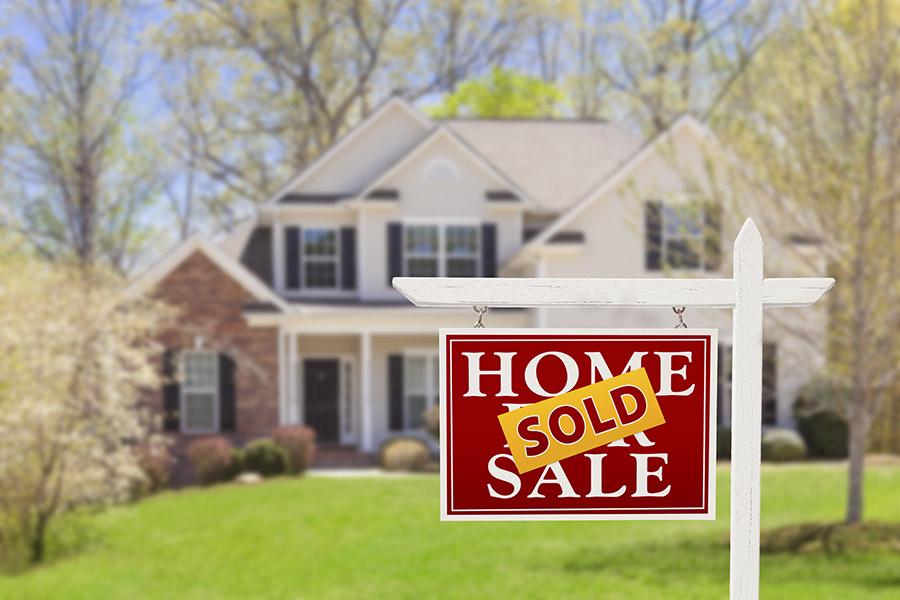 """Buying a House: The Five """"Do's & Don'ts"""" to Get a Mortgage"""